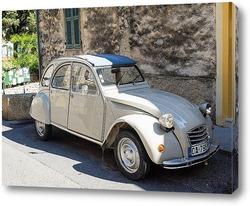 Переулок. Миррор. Апулия. Италия