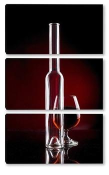 Модульная картина Натюрморт с коньяком и пустой бутылкой