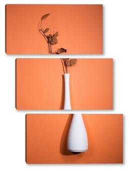 Модульная картина Натюрморт с белой вазой и веткой с листьями