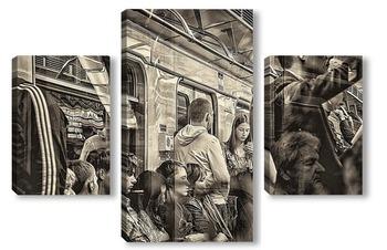 Модульная картина В метро