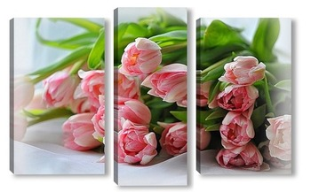 Модульная картина Букетик розовых тюльпанов