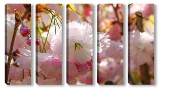 Модульная картина Белоснежная весна