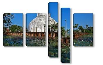 Модульная картина Храм у дороги. Цейлон.