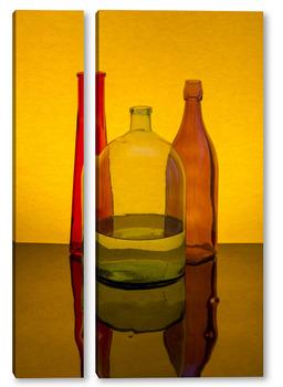 Модульная картина Натюрморт с цветными бутылками