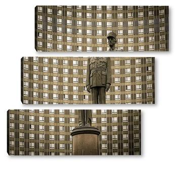 Модульная картина Памятник Шарлю де Голю в Москве
