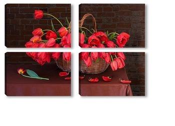 Модульная картина Краснве тюльпаны в корзине