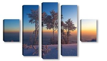 Модульная картина Заснеженные деревья на восходе солнца