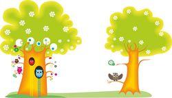 Наклейки совы на деревьях