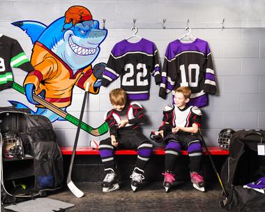 Наклейка Акула-хоккеист
