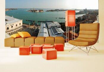 Фотообои на стену Набережная Венеции с гондолами на волнах