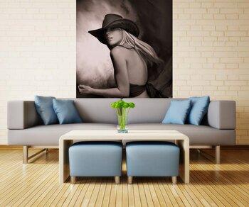 Фотообои на стену naked woman with a shoe on the beach