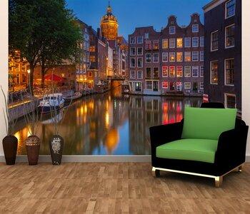Фотообои на стену Главный Музей Амстердама ночью.