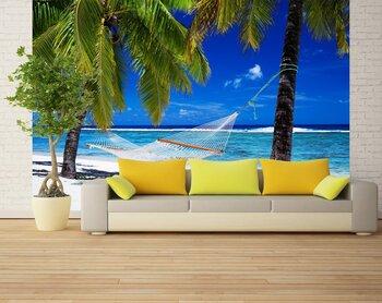 Фотообои Гамак между пальмами на тропическом пляже