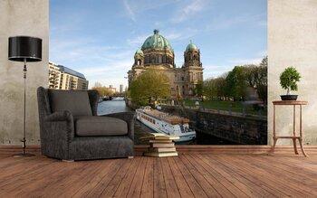 Фотообои Берлинский собор на реке Шпрее